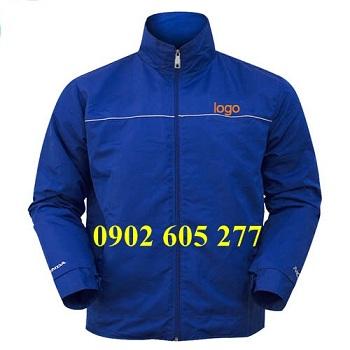 May áo khoác theo mẫu yêu cầu tại quận 3