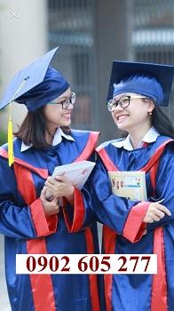 Lễ phục tốt nghiệp cấp 2 được may tại xưởng
