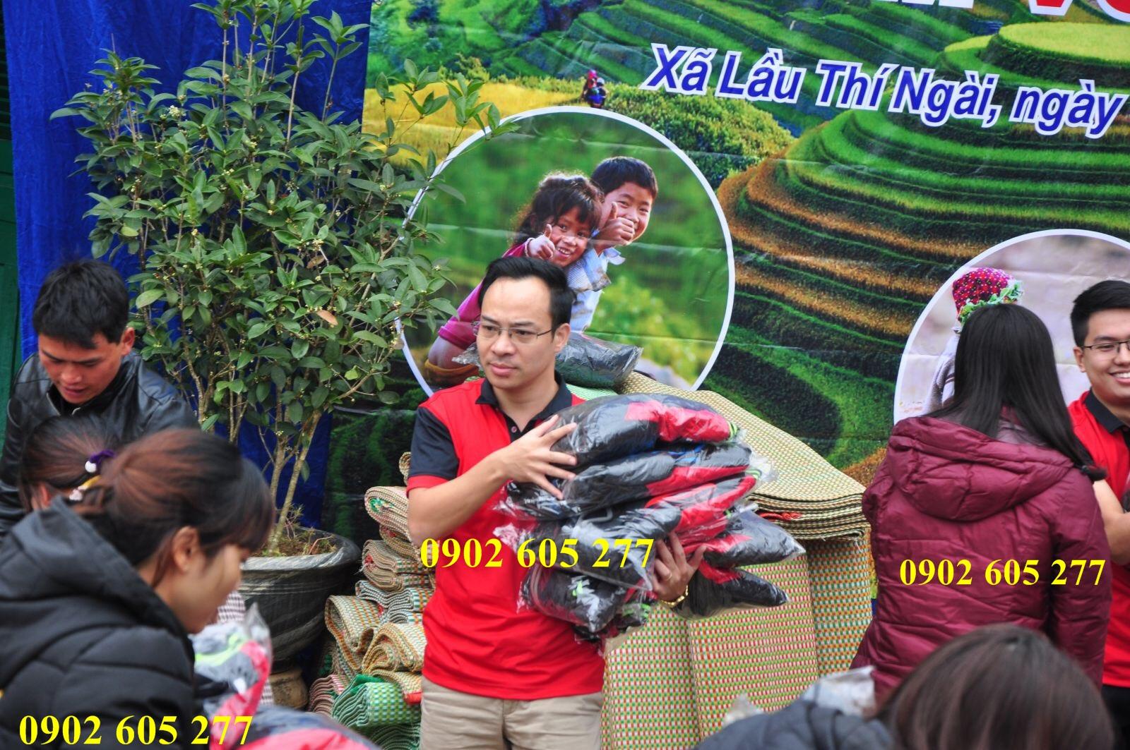 Chuyên sỉ áo khoác từ thiện giá ưu đãi cho trẻ em vùng núi